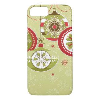 Capa iPhone 8/ 7 Enfeites de natal retros verdes & vermelhos