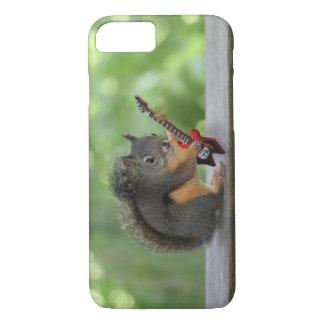 Capa iPhone 8/ 7 Esquilo que joga a guitarra elétrica