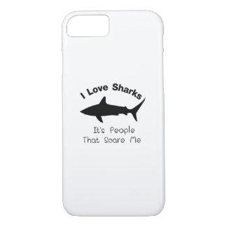 Capa iPhone 8/ 7 Eu amo tubarões que é pessoas esse susto mim