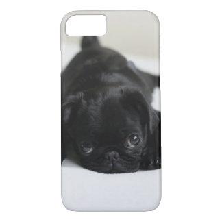 Capa iPhone 8/ 7 Filhote de cachorro preto do Pug
