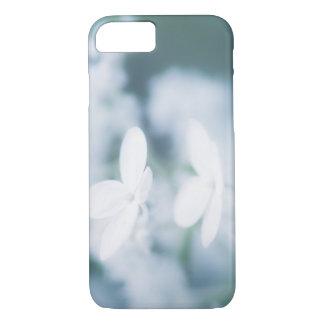 Capa iPhone 8/ 7 Flores brancas bonitas