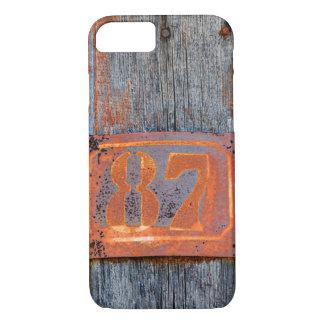 Capa iPhone 8/ 7 Foto oxidada do no. 87 do número da casa do metal