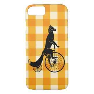 Capa iPhone 8/ 7 Fox que monta uma bicicleta do Farthing da moeda