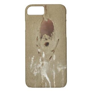 Capa iPhone 8/ 7 Furo engraçado do tombadilho do pássaro na madeira