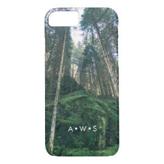 Capa iPhone 8/ 7 Iniciais personalizadas da floresta cenário