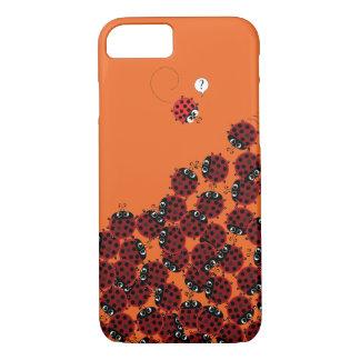 Capa iPhone 8/ 7 La Coccinelle - um lugar aglomerado na laranja?