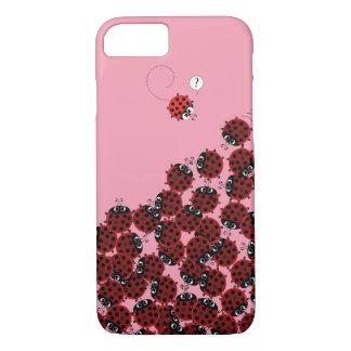 Capa iPhone 8/ 7 La Coccinelle - um lugar aglomerado no rosa?