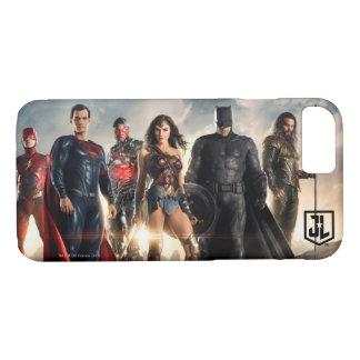 Capa iPhone 8/ 7 Liga de justiça da liga de justiça   no campo de