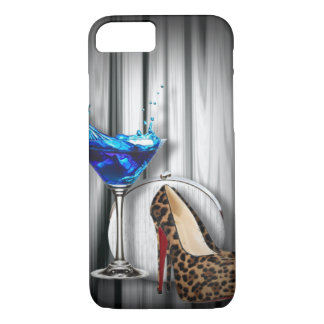 Capa iPhone 8/ 7 menina de cocktail de martini do encanto