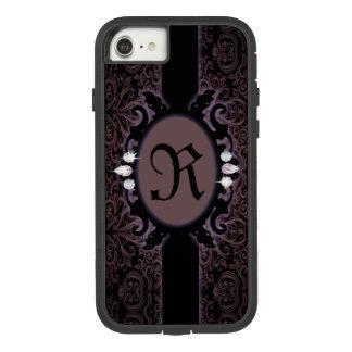 Capa iPhone 8/ 7 monograma gótico roxo da ameixa preta do steampunk