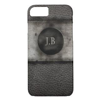 Capa iPhone 8/ 7 Monograma no couro e no metal oxidado