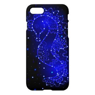 Capa iPhone 8/7 natações do cavalo de mar nas luzes