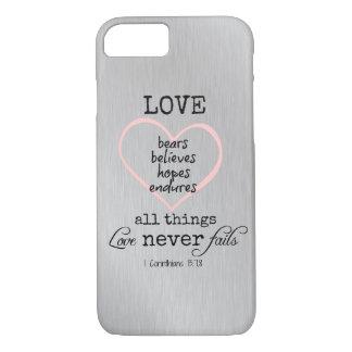 Capa iPhone 8/ 7 O amor nunca falha o verso da bíblia