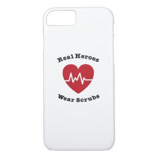 Capa iPhone 8/ 7 O desgaste real dos heróis esfrega o presente