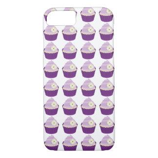 Capa iPhone 8/ 7 Os cupcakes gostam do doce floral do glacé roxo