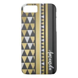 Capa iPhone 8/ 7 Ouro geométrico e preto dos triângulos com nome