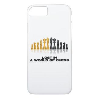 Capa iPhone 8/ 7 Perdido em um mundo do grupo de xadrez reflexivo
