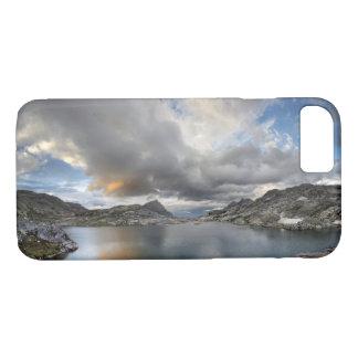 Capa iPhone 8/ 7 Por do sol no lago médio Nydiver - serra
