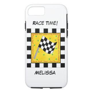 Capa iPhone 8/ 7 Preto do tempo da raça do motor no nome Checkered