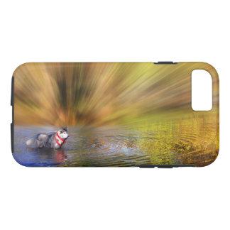 Capa iPhone 8/ 7 Rouco Siberian na água