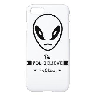 Capa iPhone 8/7 você acredita nos aliens?