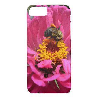 Capa iPhone 8/ 7 Zinnia e zangão cor-de-rosa