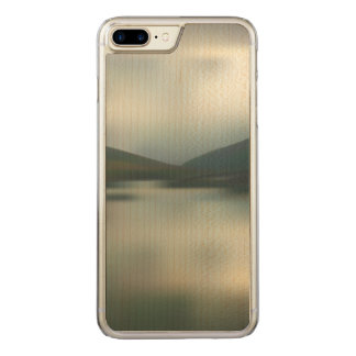 Capa iPhone 8 Plus/ 7 Plus Carved Lago nas montanhas