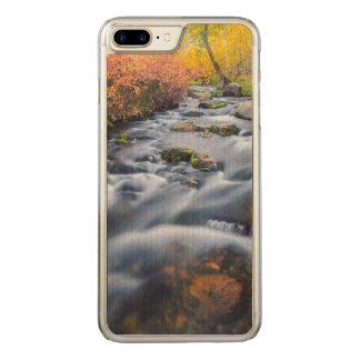 Capa iPhone 8 Plus/ 7 Plus Carved Queda ao longo da angra de Lundy, Califórnia