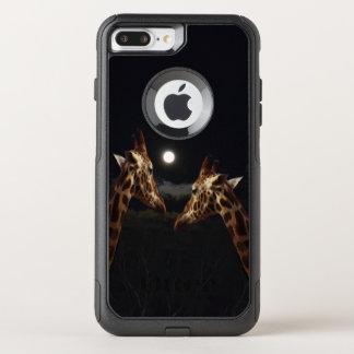 Capa iPhone 8 Plus/7 Plus Commuter OtterBox Amor do girafa no luar,