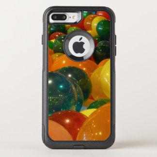 Capa iPhone 8 Plus/7 Plus Commuter OtterBox Design colorido do partido dos balões