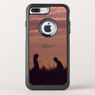 Capa iPhone 8 Plus/7 Plus Commuter OtterBox O por do sol mostra em silhueta o nome nostálgico