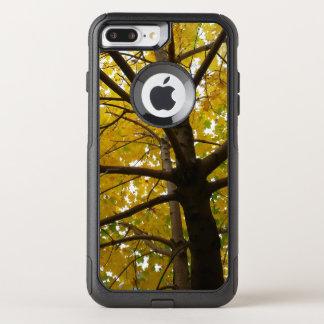 Capa iPhone 8 Plus/7 Plus Commuter OtterBox Pares de natureza amarela do outono das árvores de