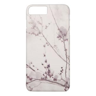 Capa iPhone 8 Plus/7 Plus Inverno branco romântico. Flores cobertas na neve