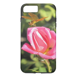 Capa iPhone 8 Plus/7 Plus Libélula e joaninha no rosa do rosa