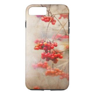 Capa iPhone 8 Plus/7 Plus Winterberry. Natureza vermelha do inverno das
