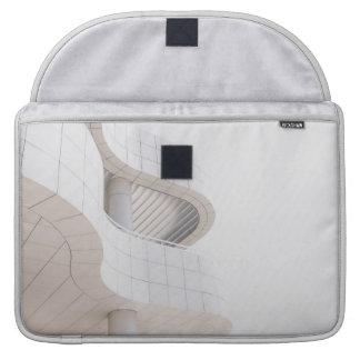 Capa MacBook Pro Arquitetura contemporânea que constrói a luva de
