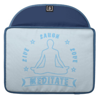 Capa MacBook Pro O amor vivo do riso Meditate o texto masculino (o