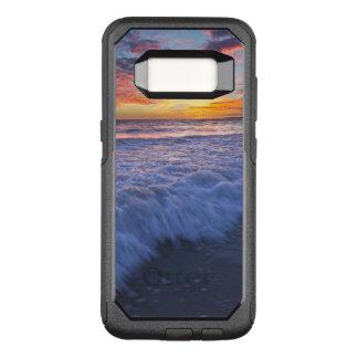 Capa OtterBox Commuter Para Samsung Galaxy S8 A praia surfando acena no por do sol