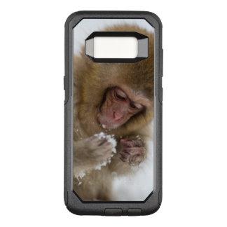 Capa OtterBox Commuter Para Samsung Galaxy S8 Um Macaque japonês do bebê (ou macaco da neve)