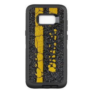 Capa OtterBox Defender Para Samsung Galaxy S8+ Linha amarela dobro deteriorada
