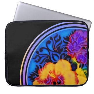 Capa Para Computador Hibiscus tropical de incandescência no preto