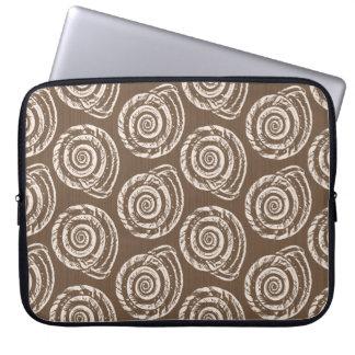 Capa Para Computador Impressão de bloco do Seashell, Taupe Tan e creme