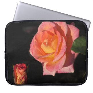 Capa Para Computador Rosas cor-de-rosa e amarelos