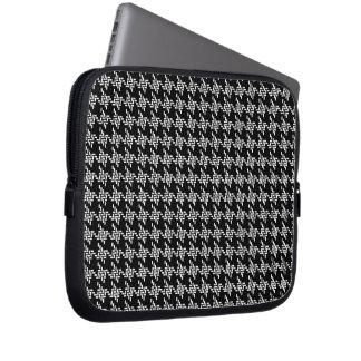 Capa Para Computador Teste padrão preto e branco de Houndstooth