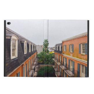 Capa Para iPad Air 2 Construções e palmeiras em Nova Orleães