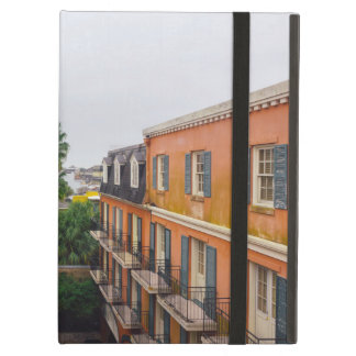 Capa Para iPad Air Construções e palmeiras em Nova Orleães