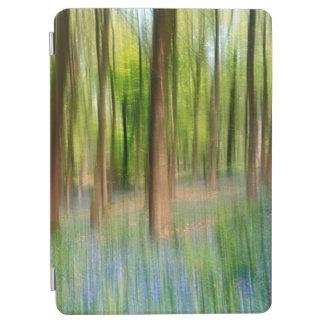 Capa Para iPad Air Floresta BRITÂNICA do carvalho do Bluebell de