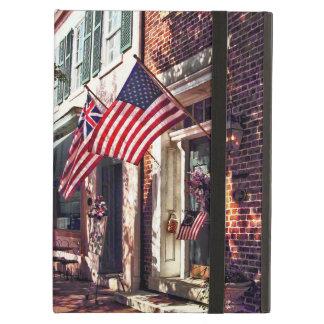 Capa Para iPad Air Fredericksburg VA - Rua com bandeiras americanas