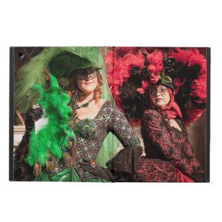 Capa Para iPad Air Mulheres mascaradas durante o carnaval de Veneza
