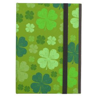 Capa Para iPad Air O dia de Patrick de santo, trevos afortunados -